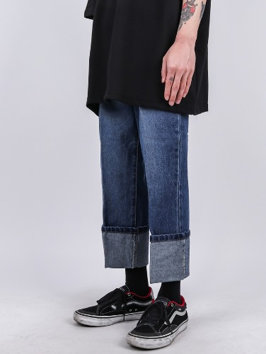 DR 35 Wide Roll-up Jeans