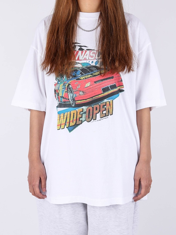 LY Wide Open Short Sleeve Tee